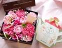 ピンクのボックスフラワー&フレイバーティーセット♪