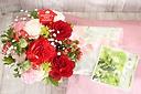 花束ふきんと国産和紅茶と母の日のアレンジセット P