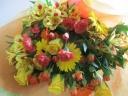 黄色オレンジおまかせ花束