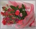 レッド系花束