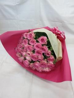 ピンクバラの花束?暖かい心?