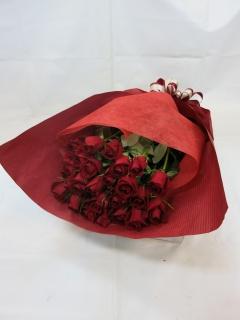 赤いバラの花束?情熱?