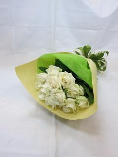 白いバラの花束?清純?