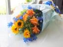 【ブルーが入った涼しげ♪花束】