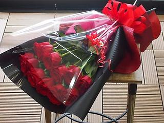 Dozen Roses【ダーズンローズ】